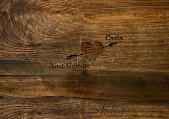 hart in hout gesneden
