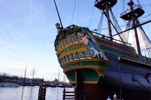 spiegel voc schip amsterdam