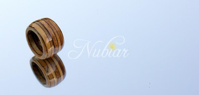 Voorkeur Sieraden van hout - Atelier Nubiar &CO93